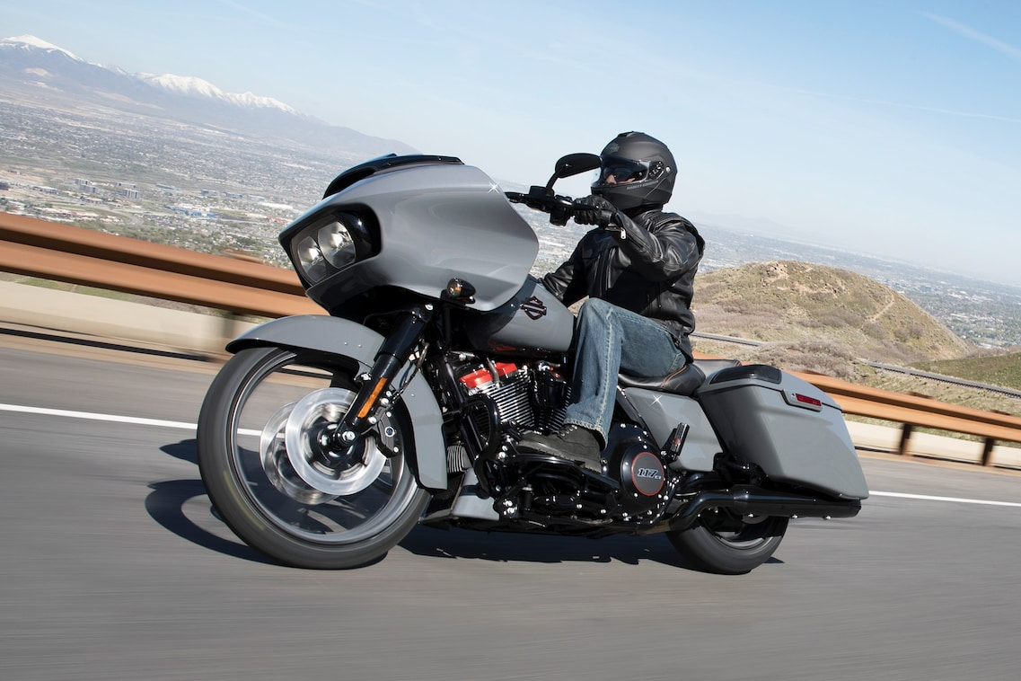 2018 CVO Road glide | Harley-Davidson USA