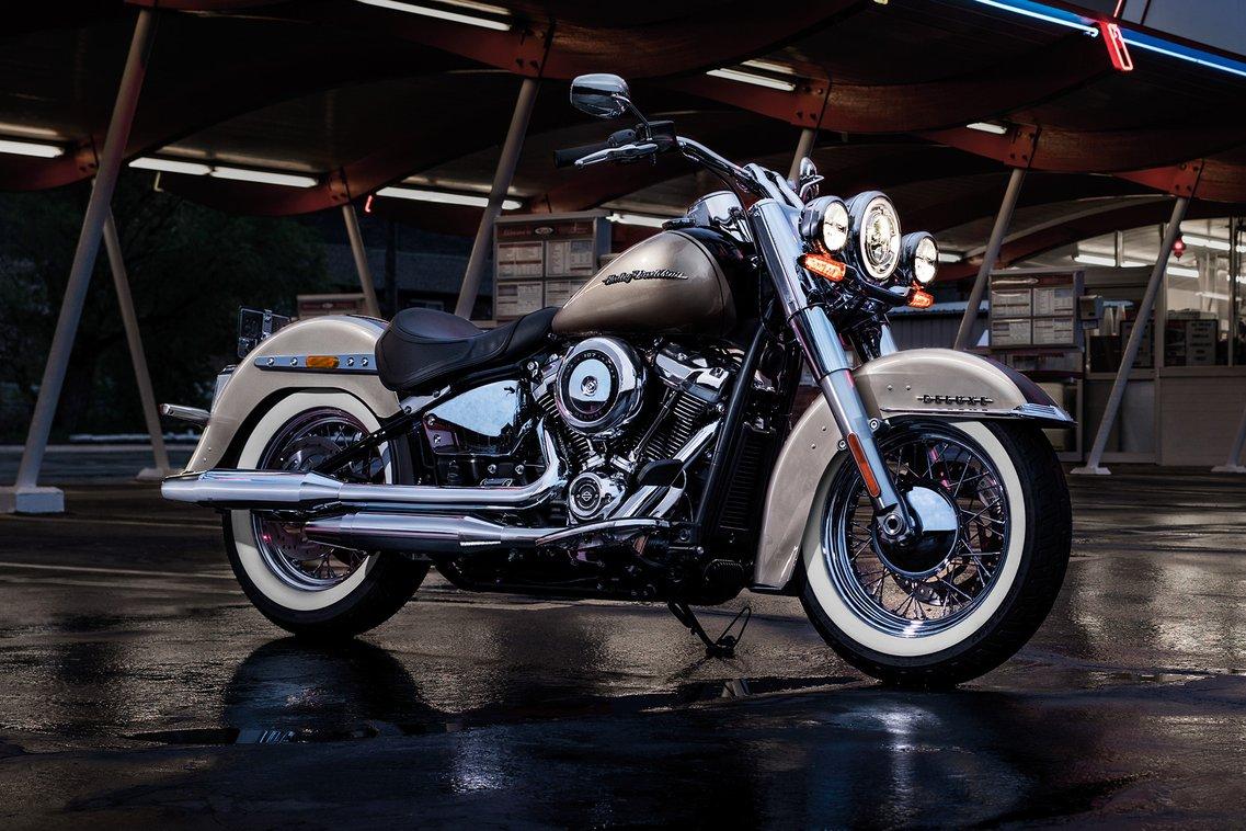 Softail Deluxe 2018 | Harley-Davidson Brasil