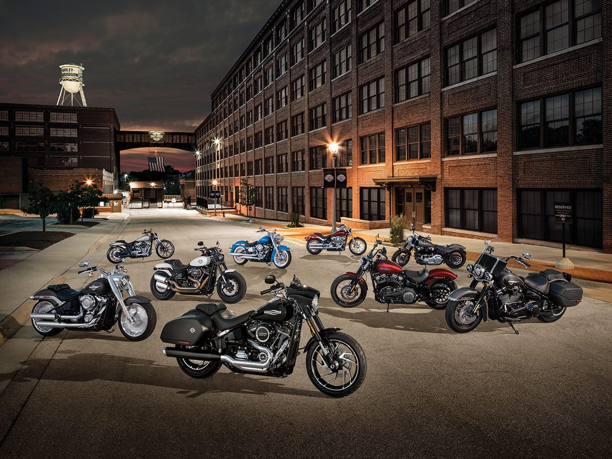 Softail 2018 motocyclettes harley davidson canada for Harley davidson motor company group inc