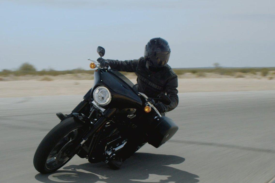 Man Riding 2018 Sport Glide