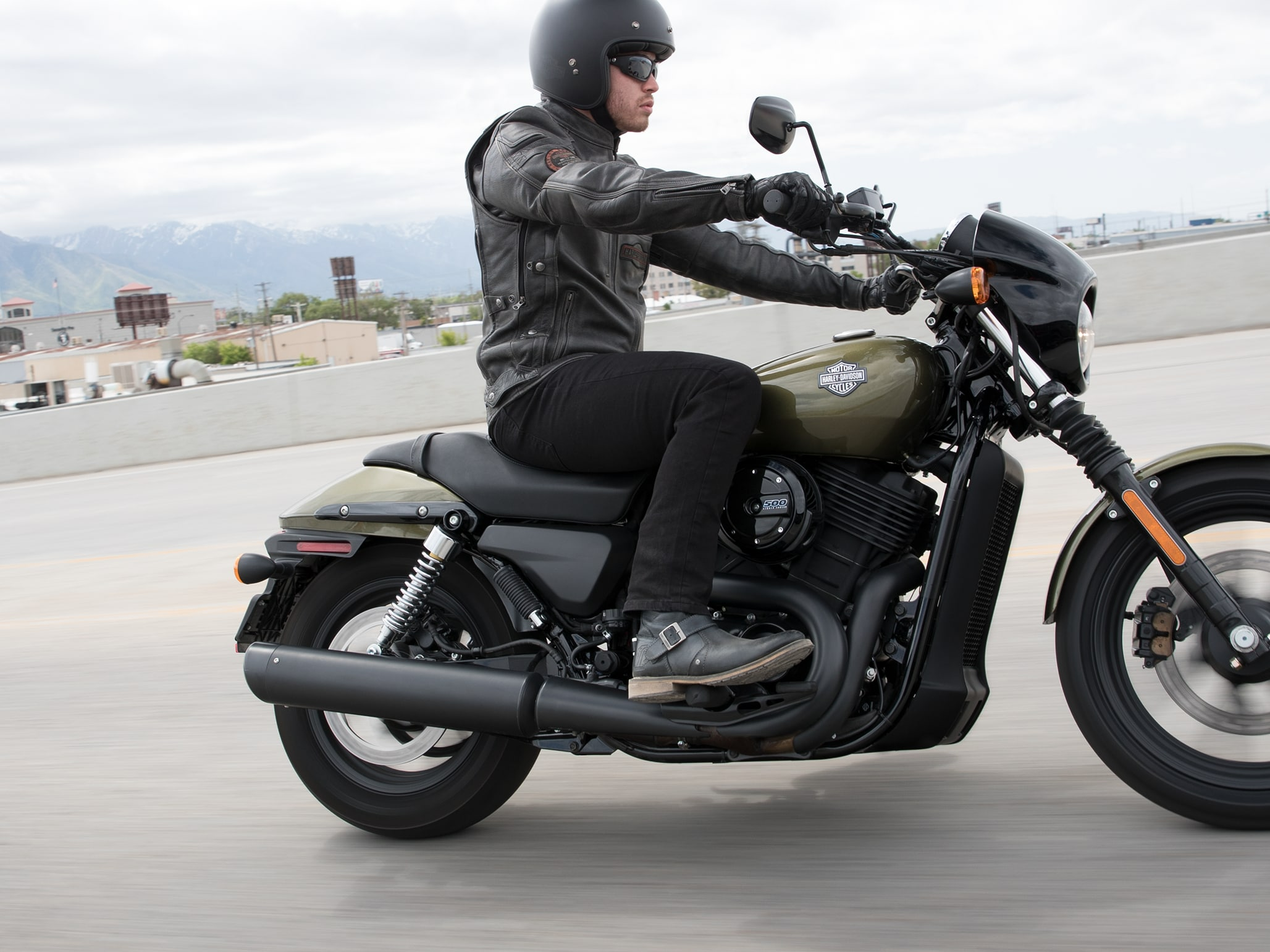 Harley 500 street