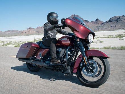 2018 Touring Motorcycles | Harley-Davidson USA