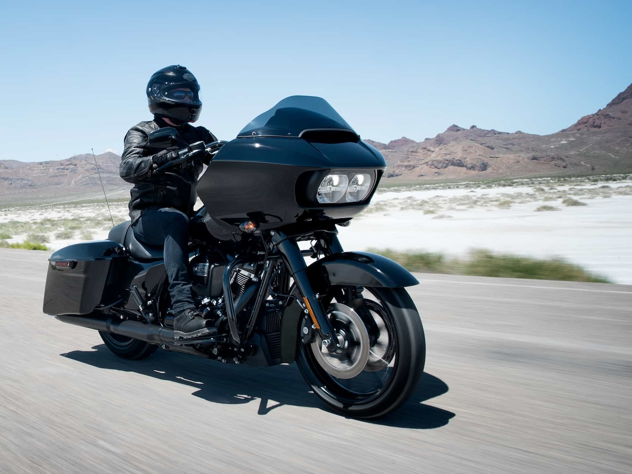 Difference Between Street Glide And Road Glide >> 2018 Road Glide Special | Harley-Davidson USA