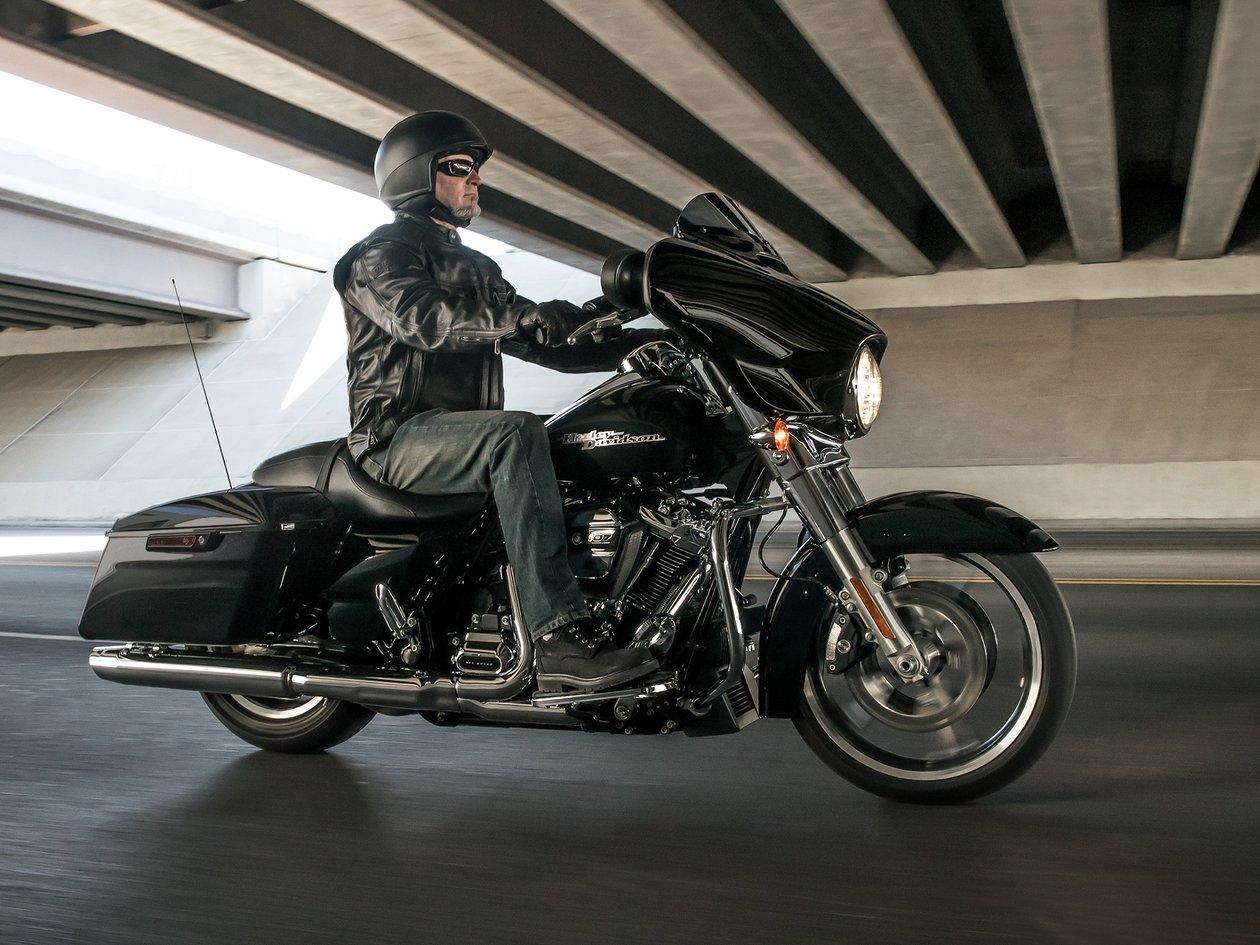 2018 Street glide | Harley-Davidson USA