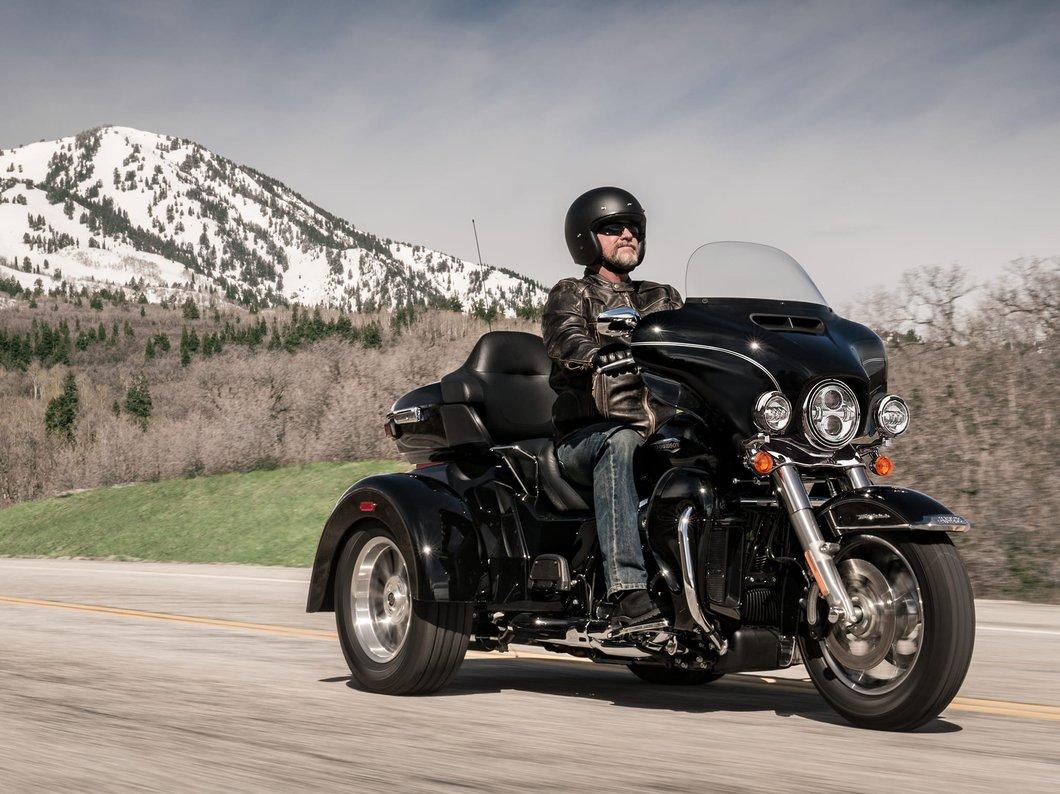 The 2016 Harley Davidson Tri Glide Ultra Provides Three: 2018 Tri Glide Ultra