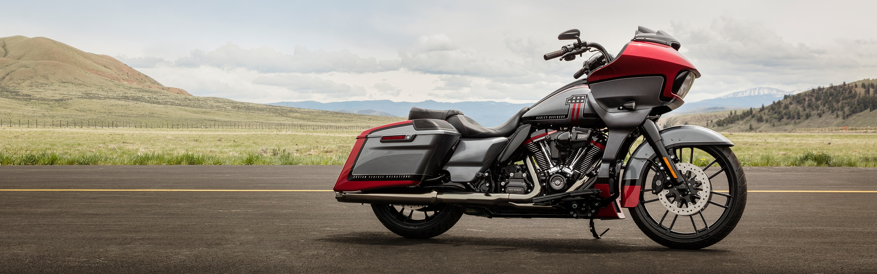 2019 CVO  H-D Motorcycle Parked On A Road