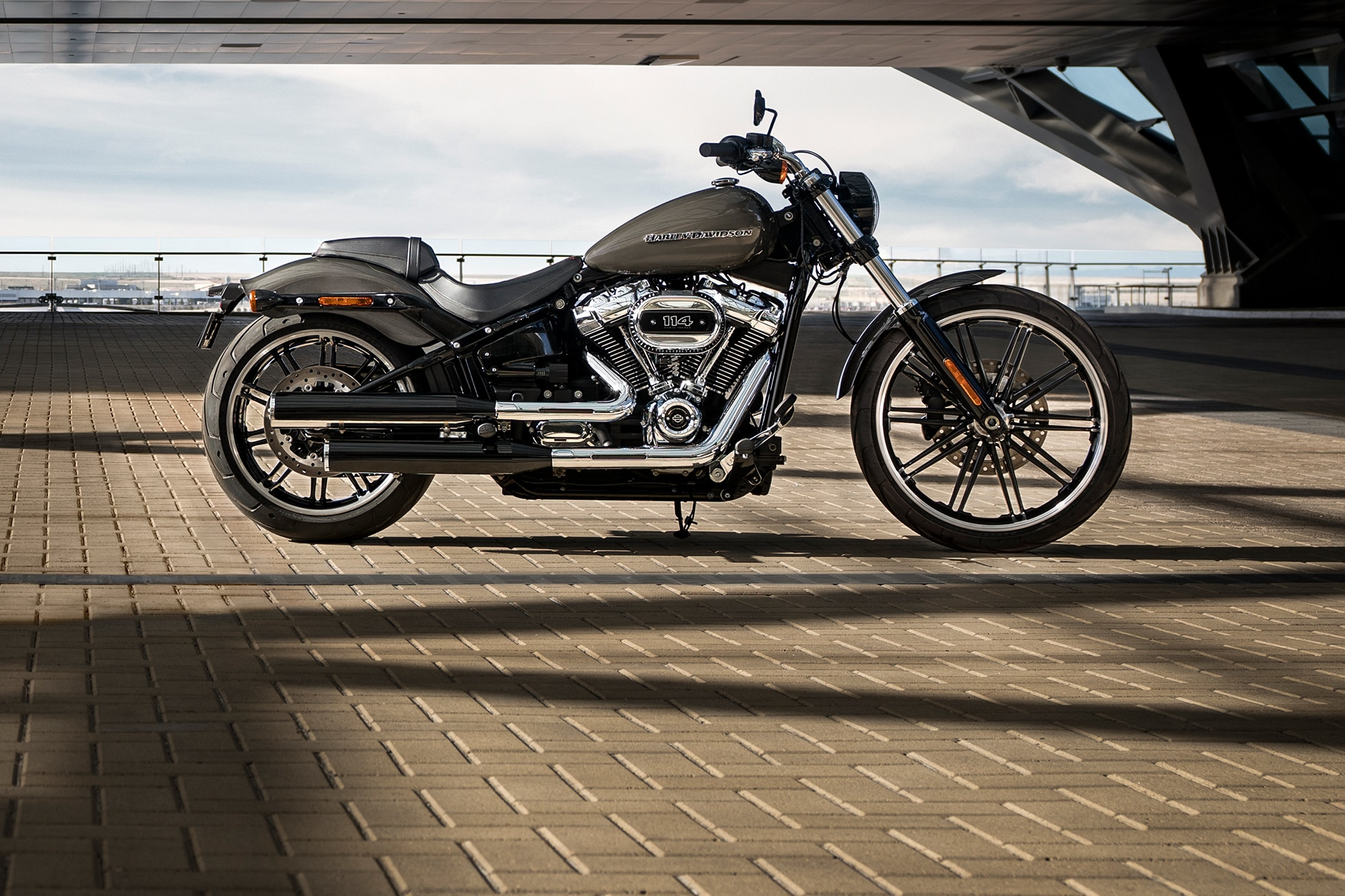 2019 breakout motorcycle harley davidson australia new zealand. Black Bedroom Furniture Sets. Home Design Ideas