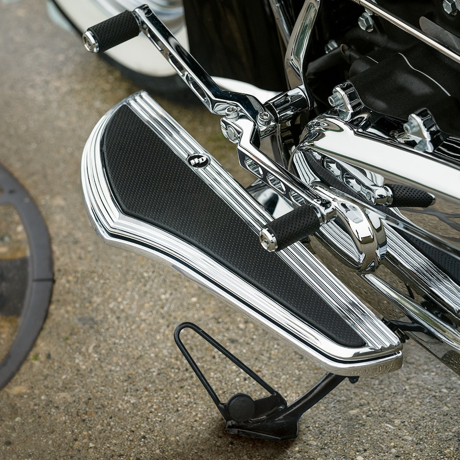 2019 Deluxe Motorcycle Foot Peg