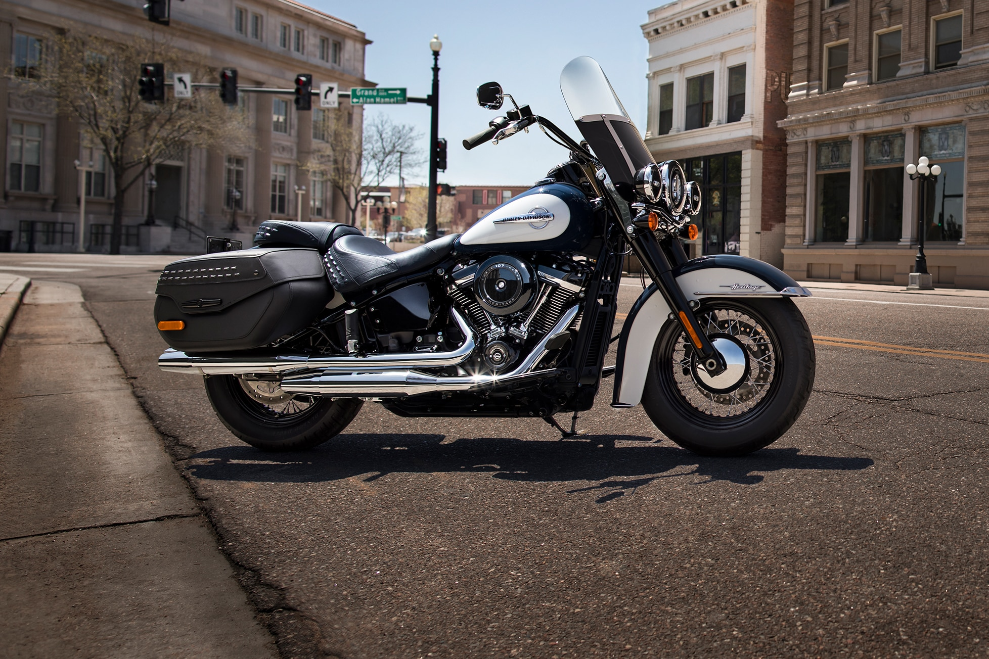 Harley Davidson: 2019 Heritage Classic Motorcycle