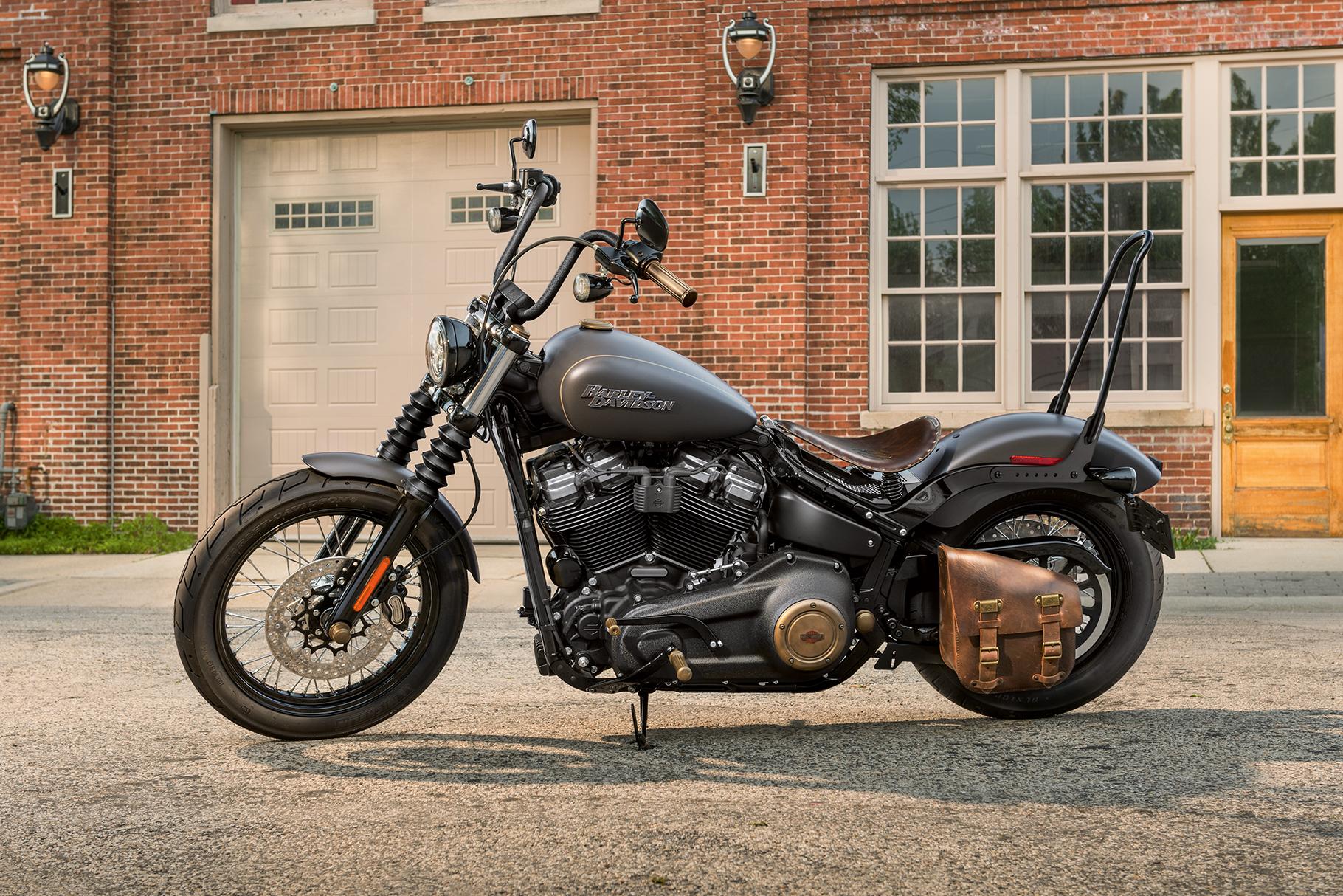 2019 Street Bob Motorcycle | Harley-Davidson USA