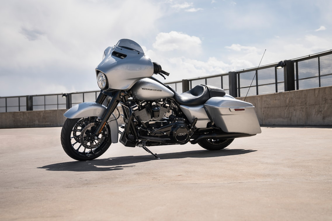 2019 Street Glide Special Parked on street