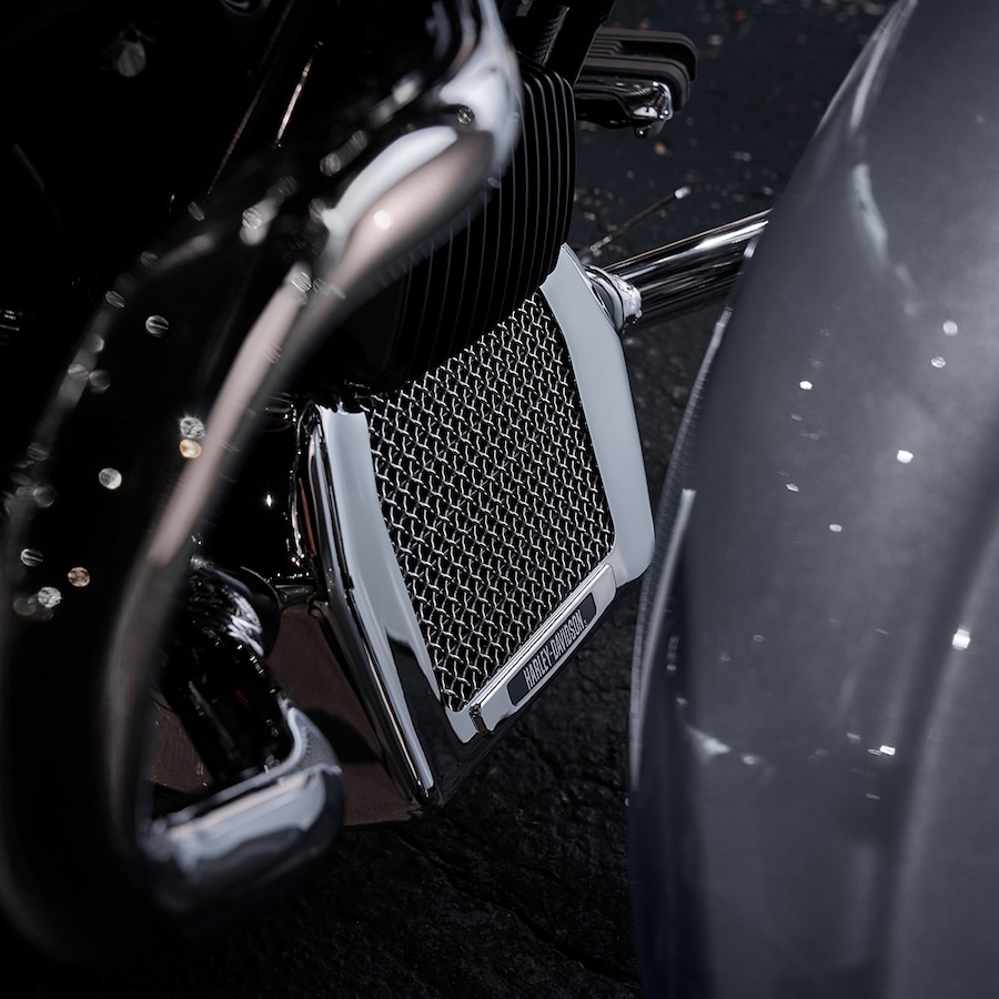 2019 Harley-Davidson Street Glide Special Motorcycle Radiator