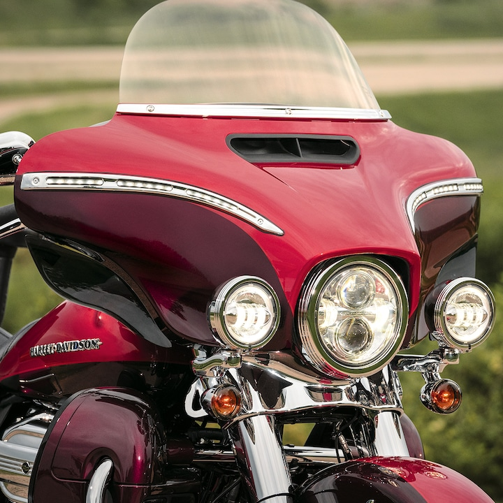 Headlight on 2019 Ultra Limited Motorcycle