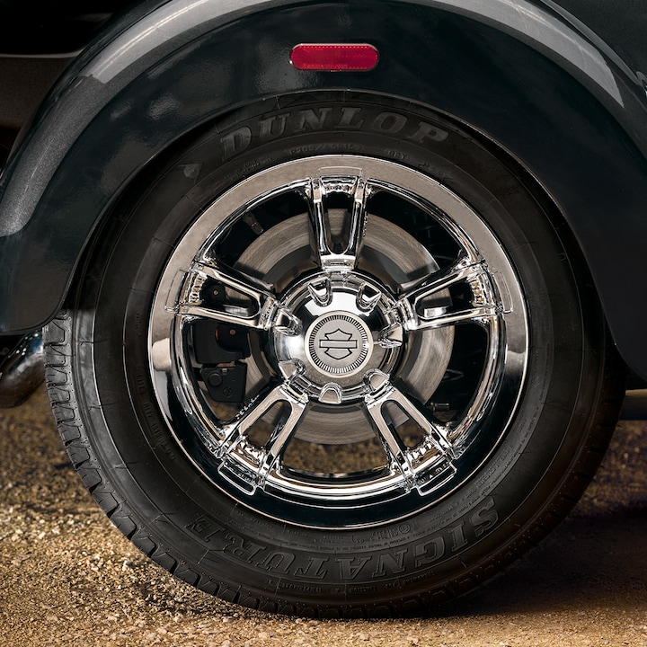 2019 Tri Glide Ultra Motorcycle Tire
