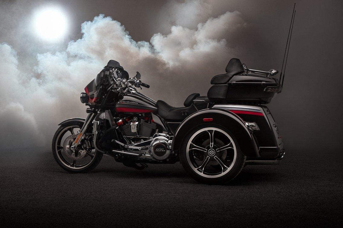 Harley Davidson Tri Glide >> Cvo Road Glide