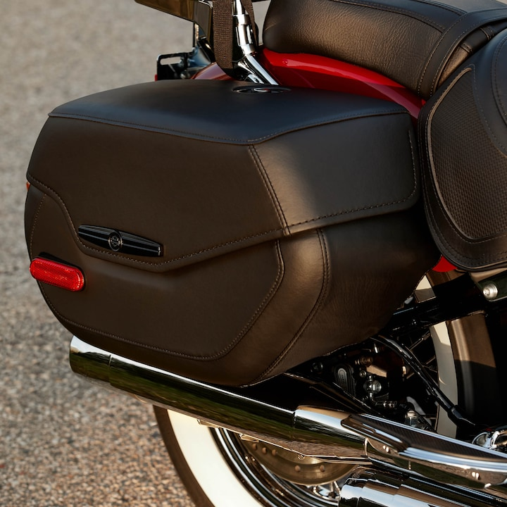 2020 Deluxe Saddlebag