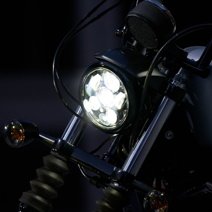 2020 Iron 883 Headlamp