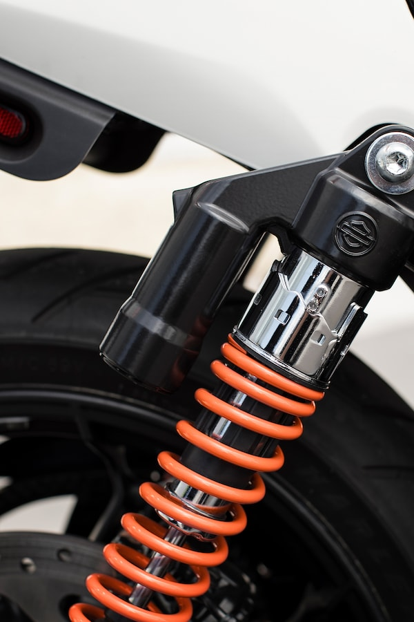 Shocks on a 2019 Street motorcycle