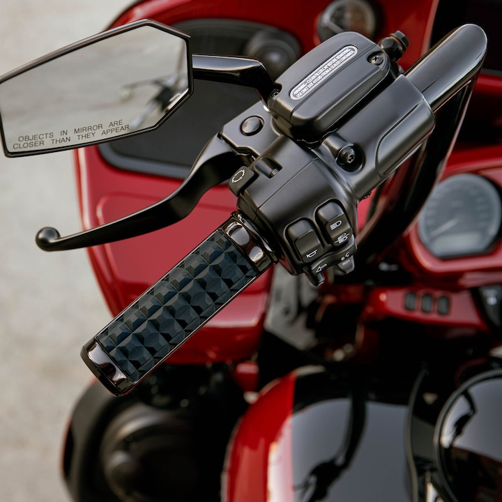 2020 Touring H-D Road Glide Limited Motorcycle Handgrip