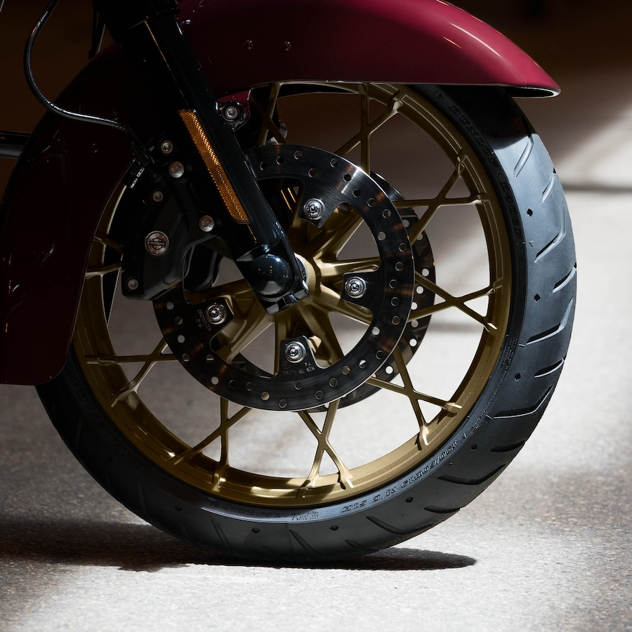 2020 Harley-Davidson Road King Special Brown Motorcycle Wheel