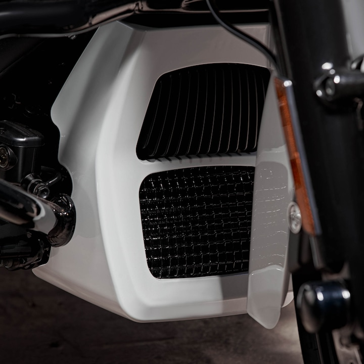 2020Harley-Davidson Street Glide Special Motorcycle Spoiler.