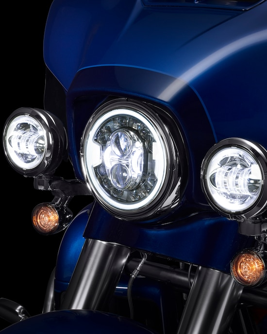 Head light on a CVO Limited motorcycle