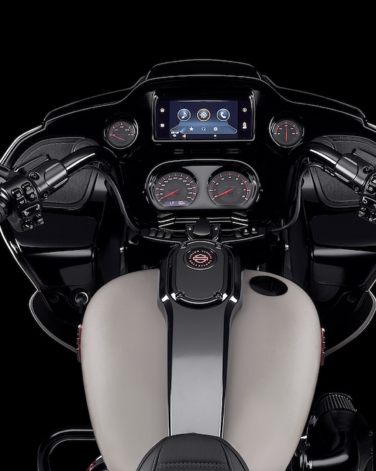 Boom Box GTS Infotainment on a 2020 CVO Road Glide